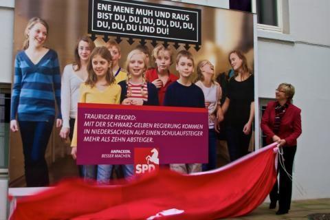 2012-11-09_raus-bist-du_480